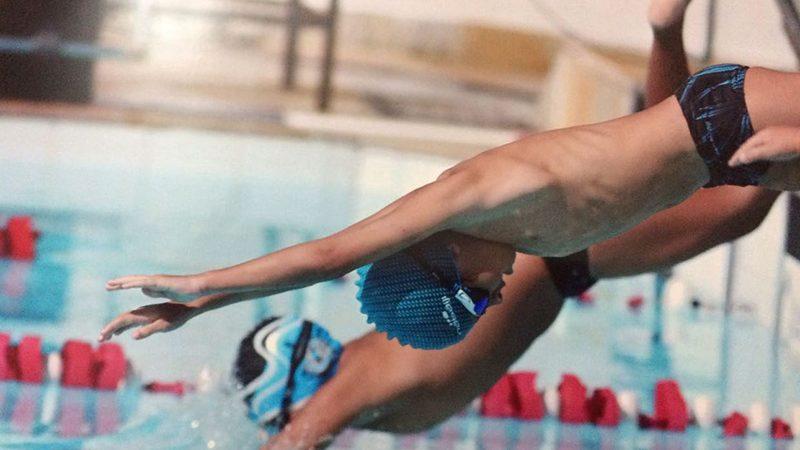 Aluno do Programa Desenvolvimento Físico-Esportivo (DFE) do Sesc Cariacica é Destaque Nacional em Campeonato de Natação