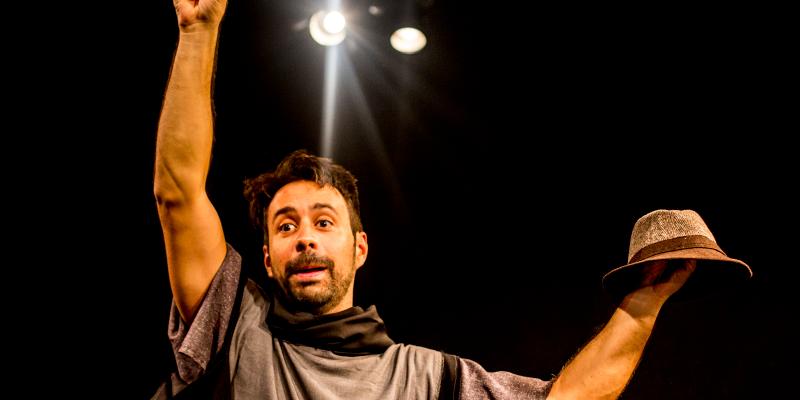 """Espetáculo """"Hamlet Cancelado – Solo de Vinicius Piedade"""""""